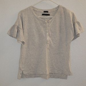 Abercrombie & Fitch short sleeve 100% cotton tee